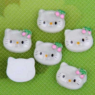 Камея Hello Kitty с вишенкой