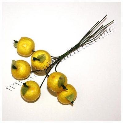 Яблочки 19 мм с листиком желтые на проволоке