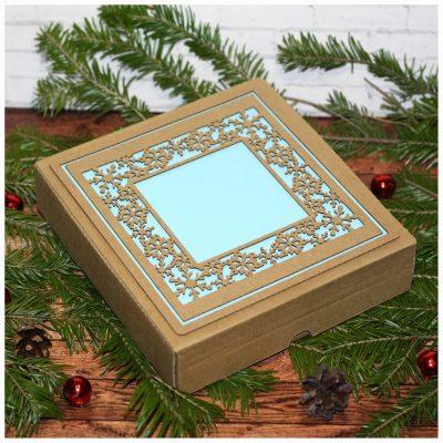 Коробка подарочная новогодняя 16,5*17,5*4 см №4