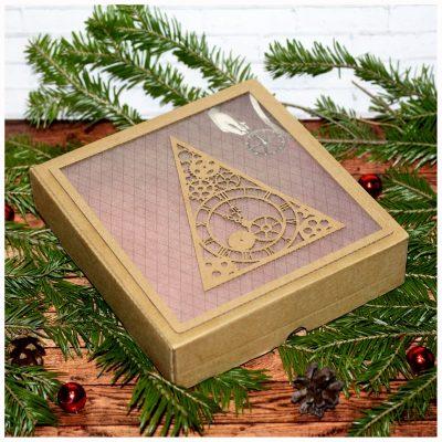Коробка подарочная новогодняя 16,5*17,5*4 см №3